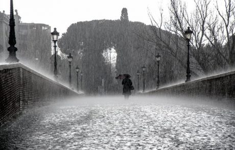 How a rainy mood influences your thinking and behaviour
